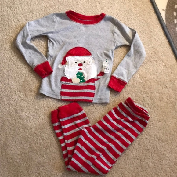 Carter's Other - SANTA'S MILK & COOKIE Pajama Set. Size 5T